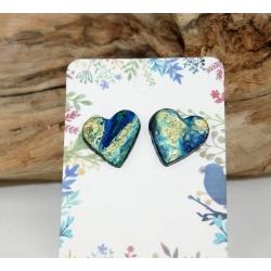 clous d oreilles d artisan  coeur bleu or et résine