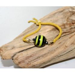bracelet réglable cordelette kaki et perle polymère