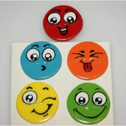 LOT boutons couleurs smiley 3,5 cm